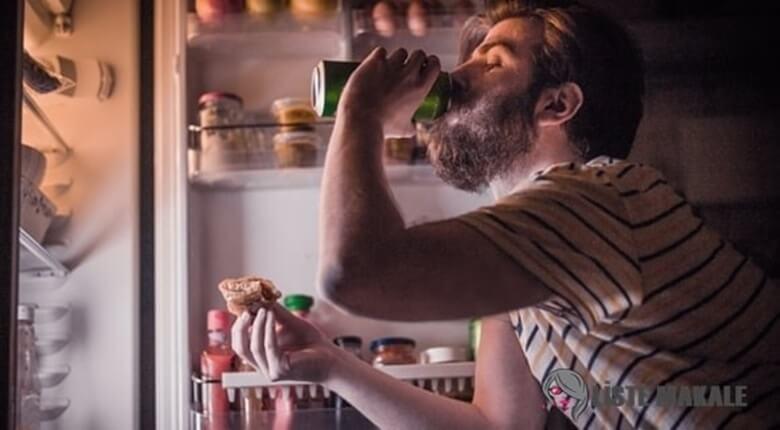Gece Yemek Yemeyi Durdurmanız İçin 10 Öneri