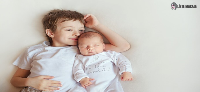 Çocuk Yeni Doğacak Kardeşe Nasıl Hazırlanır? Sorusunun Cevabında Anne ve Babanın Rolü Büyüktür