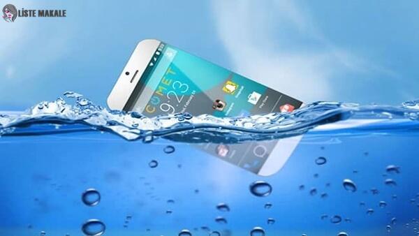 Suya Düşen Telefon Nasıl Kurutulur?