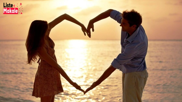 Bir Erkeğin Seni Sevdiğini Nasıl Anlarsın?