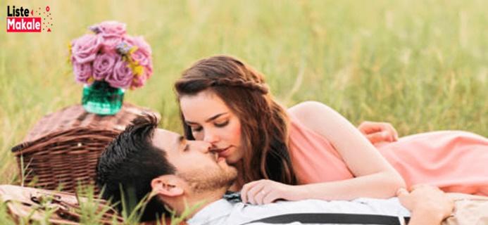 Bir Erkeğin Seni Sevdiğini Nasıl Anlarsın