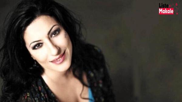 Şarkıcı Gülay Sezer Yine Kansere Yakalandı