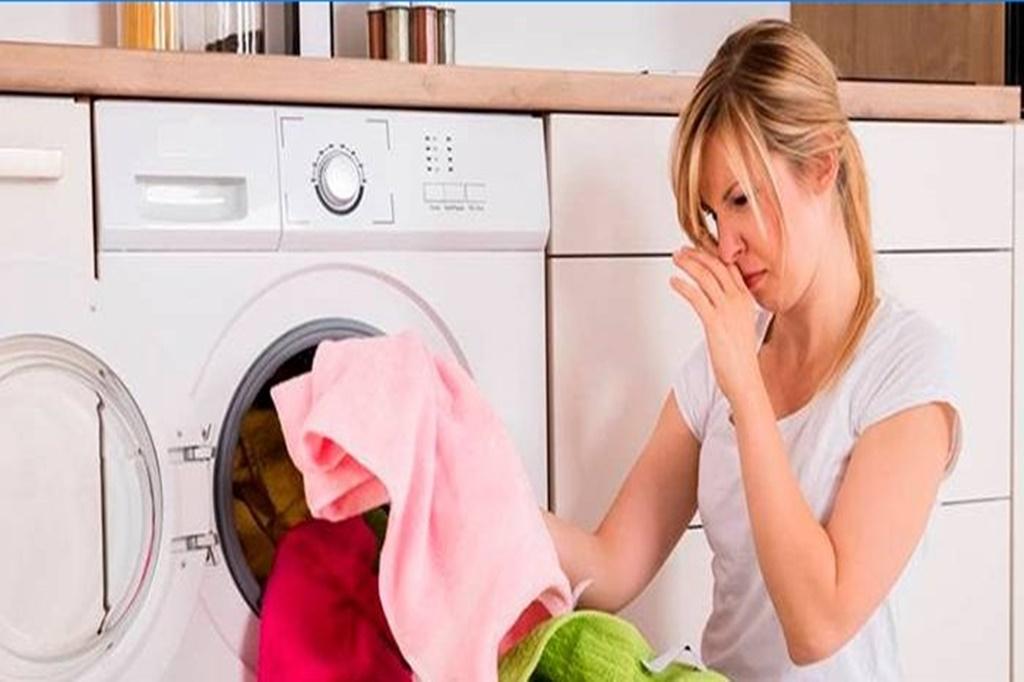 Çamaşır Makinesindeki Koku Nasıl Giderilir?